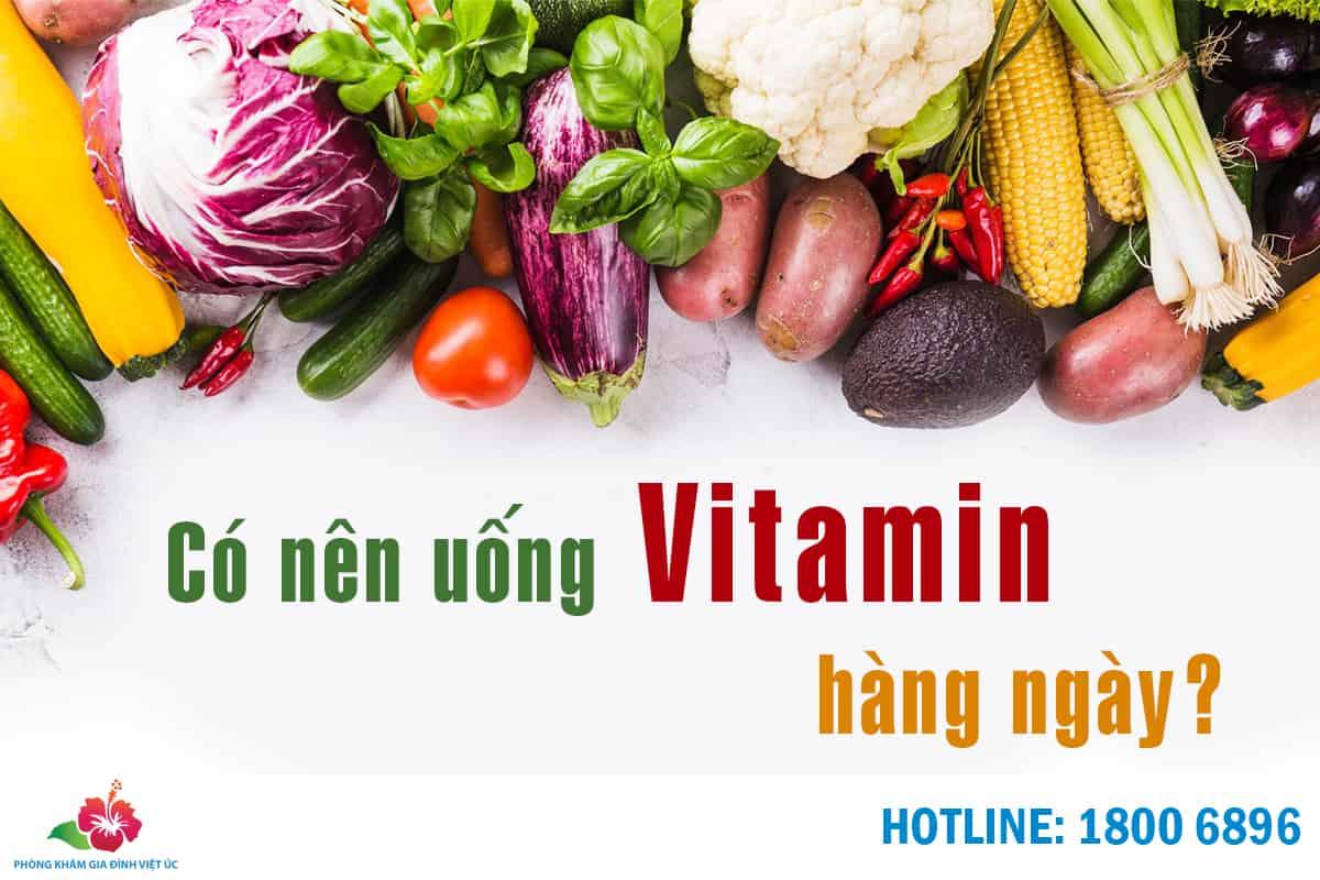 co-nen-uong-vitamin-hang-ngay