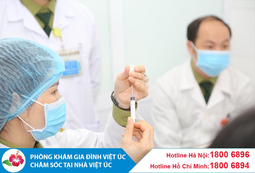 Tiêm vaccine cho toàn bộ nhân viên Phòng khám
